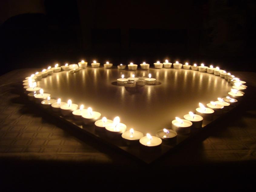 serce ze świeczek