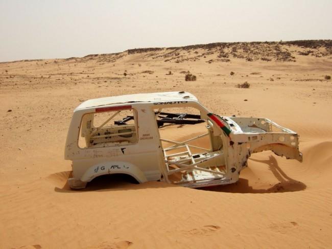 Wrak z wyścigu Paryż-Dakar